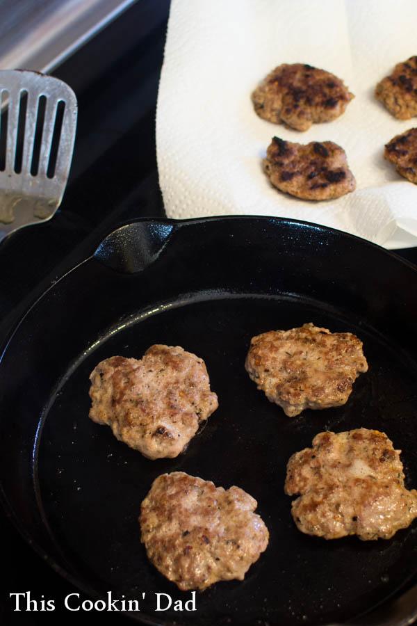easy-homemade-sausage-patties-4