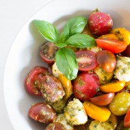 Simple Pesto Caprese Salad