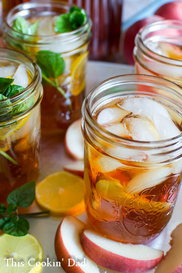 Perfect-Southern-Sweet-Tea-2