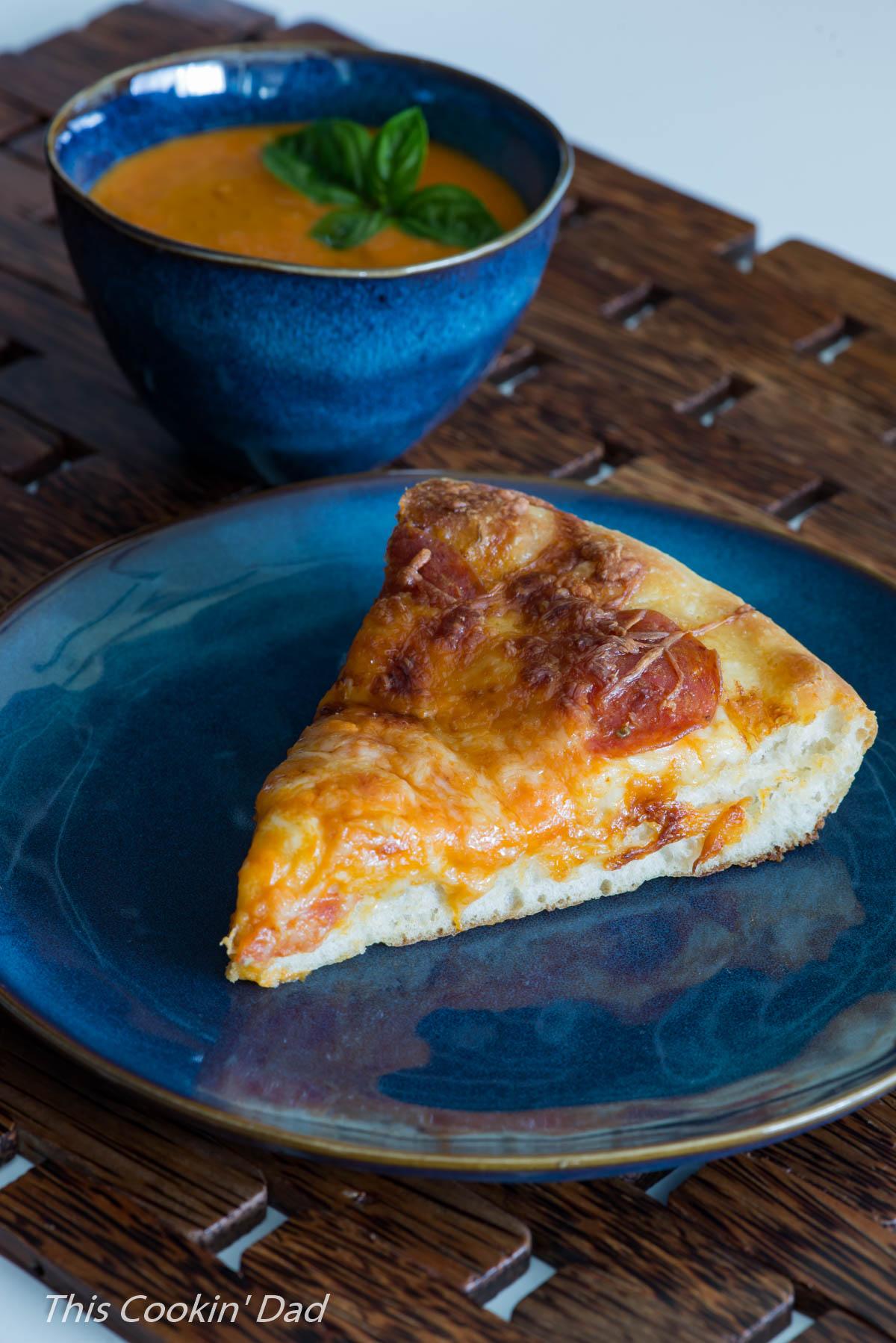 creamy-tomato-basil-pan-pizza-6