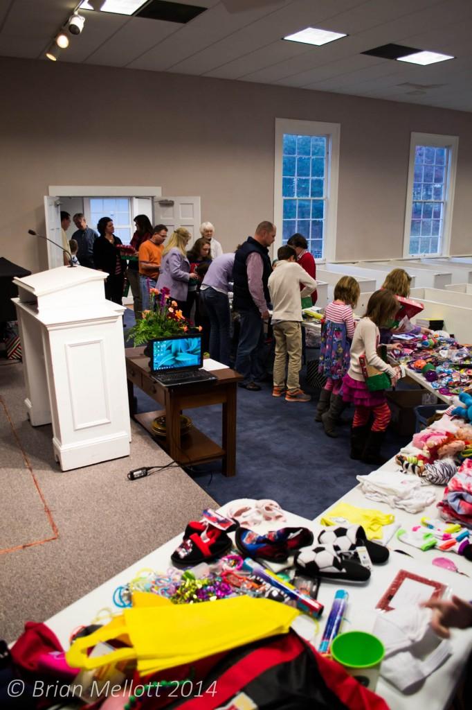 Operation-Christmas-Child-Spring-Hill-Baptist-2014-5