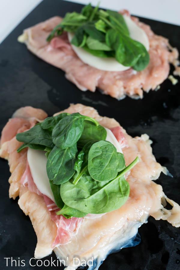 Spinach-Prosciutto-and-Mozzarella-Stuffed-Chicken-Involtini-4